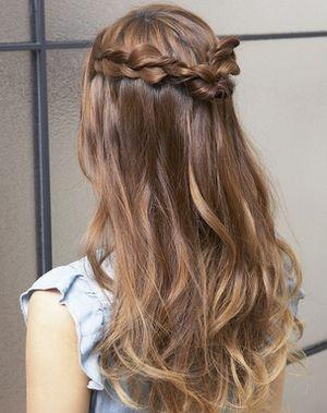 花火大会の髪型ロング編み込み